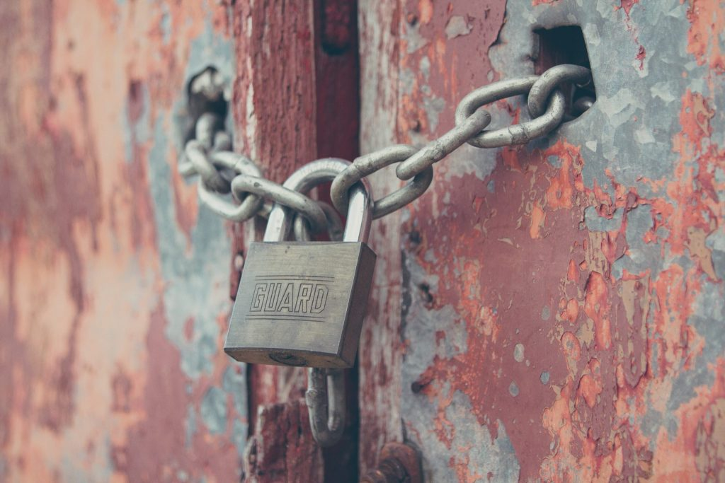 Padlock on a chain Ardea International - Modern Slavery | Human Rights | Sustainability